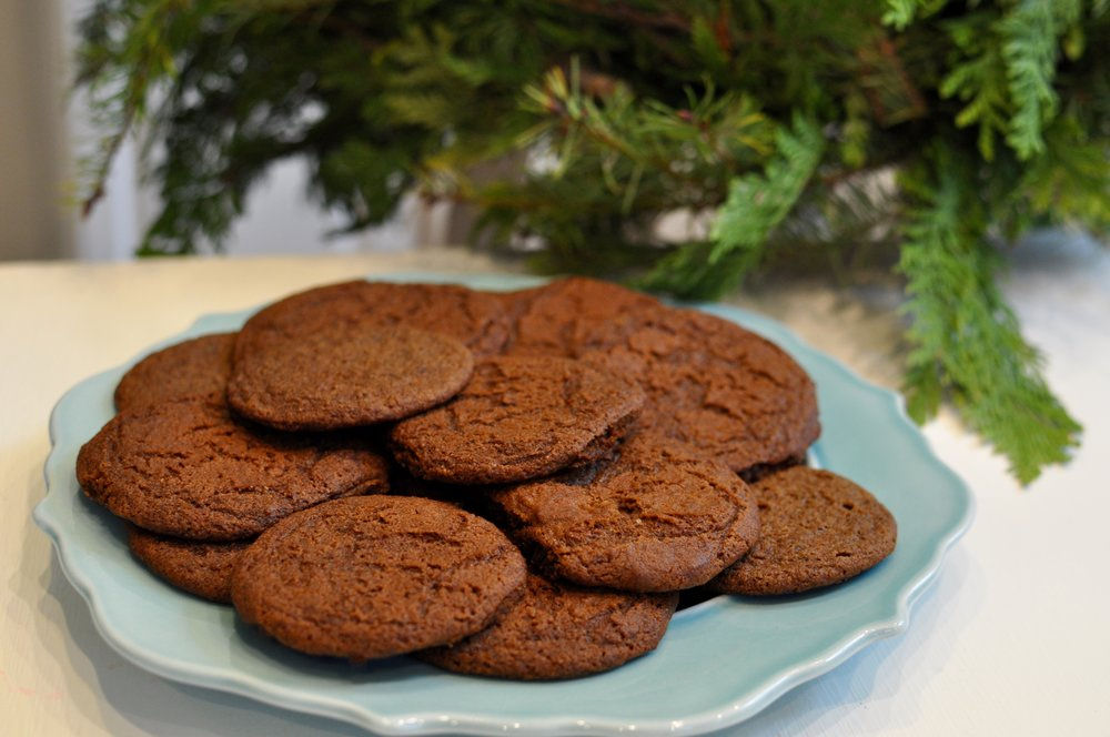 Gingerbread Cookies for the Holidays: A Recipe and Some Tips